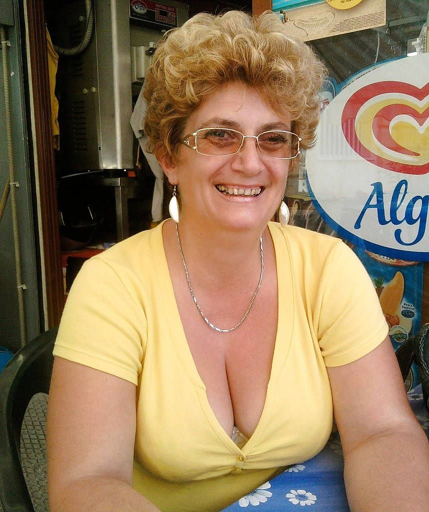 Busty granny cleavage TOP porno free archive. Comments: 1